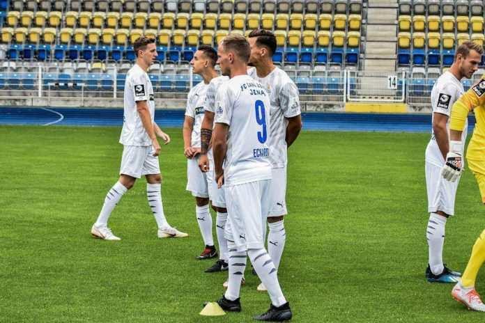 Der FC Carl Zeiss Jena verliert 2:6 in Magdeburg am Samstagnachmittag