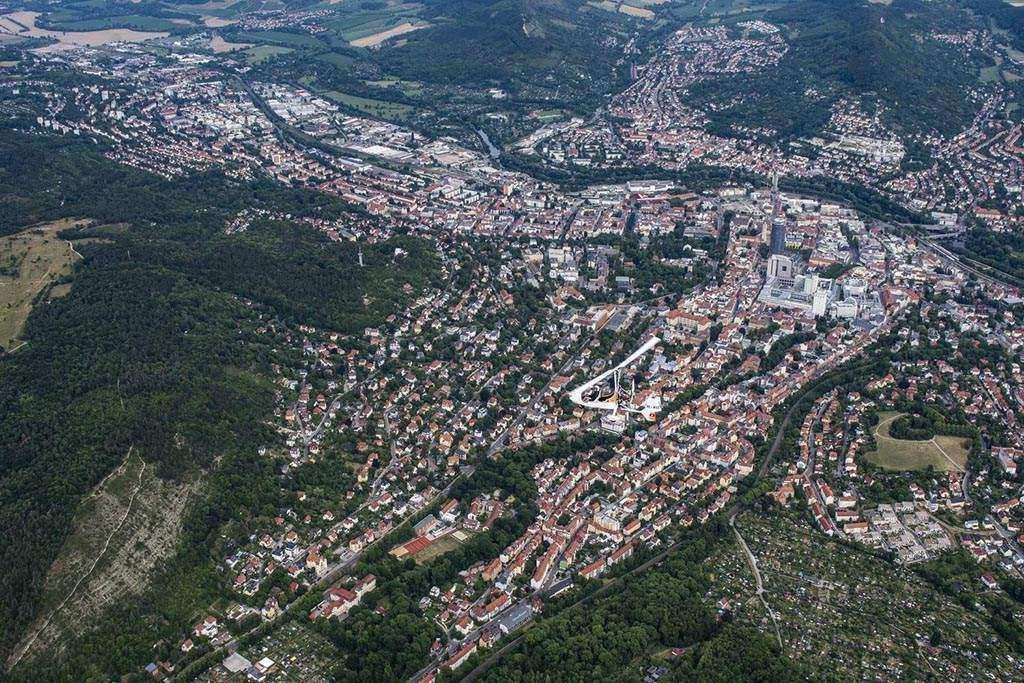 Die Oberbürgermeister der kreisfreien Städte in Thüringen haben sich heute in einem gemeinsamen Schritt auf weitere deutliche Maßnahmen geeinigt, um die Ausbreitung des Coronavirus zu verlangsamen.