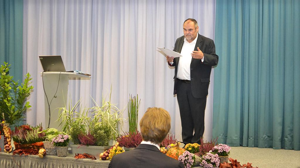 EAH Jena, 13 neue Professorinnen und Professoren