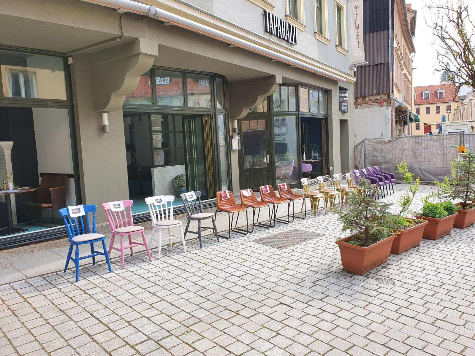 Leere Stühle Jena