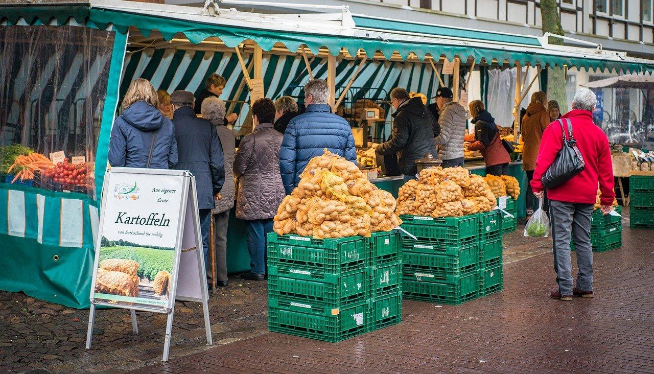 Dienstag, Donnerstag, Freitag und Samstag wieder Wochenmarkt in Jena